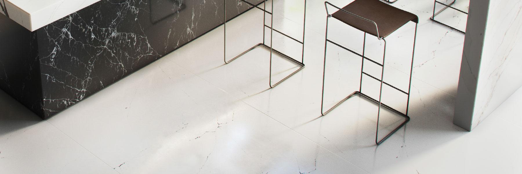 Cobweb Quartz Model